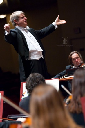 Michael Stern conducting the Kansas City Symphony